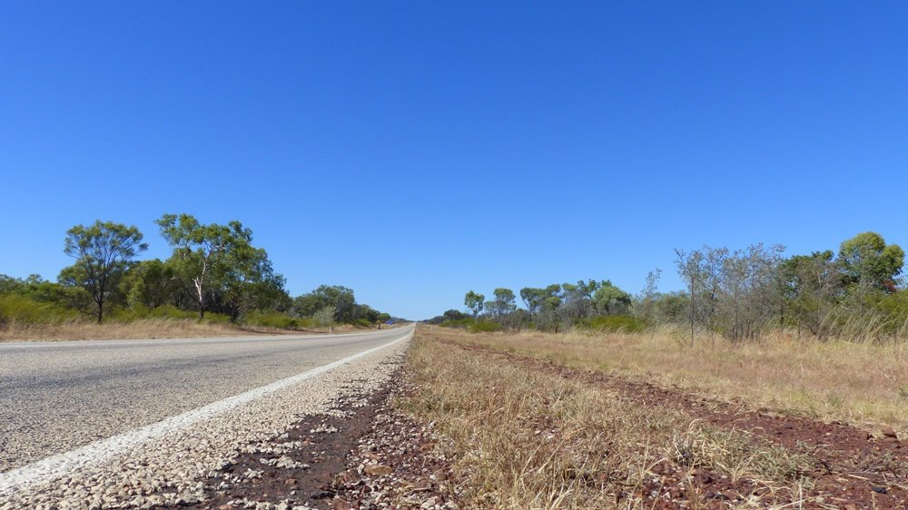 Road Trip Day 10 – Racing along Stuart Highway