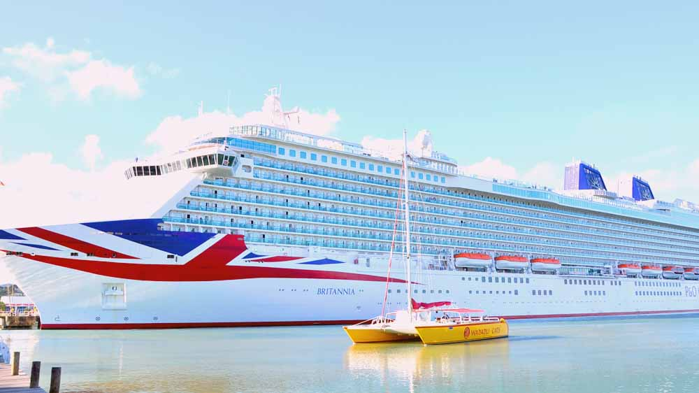 All-you-need-to-know Caribbean Cruise Tips for the Britannia // Sponsored