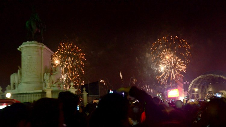 How (Not) to Celebrate the New Year in Lisbon [A Diary]