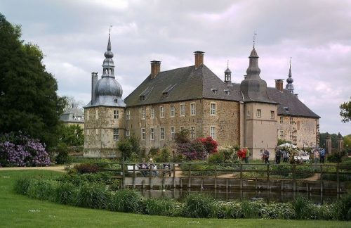 Castle Lembeck seen from the gardens in summer