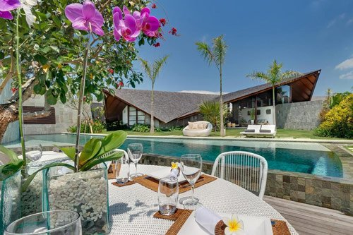 The Top 15 Best Seminyak Luxury Villas - The Layar