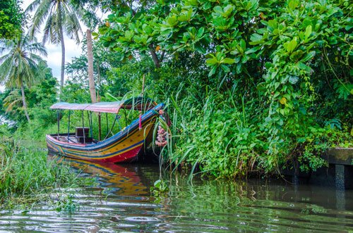 longtail boat at Khlong Lat Mayom Floating Market in Bangkok