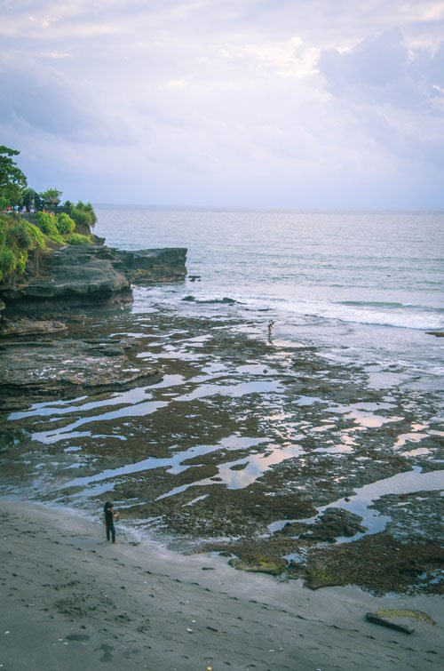 Low tide and rock pools at Tanah Lot beach