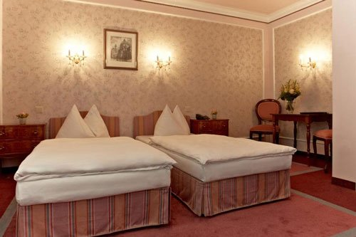 Hotel Savoy Garni - where to stay in vienna