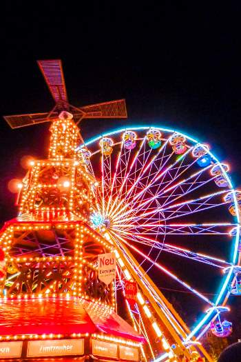 Jena ferris wheel and gluhwein hut