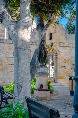 Church in Tarxien with Mary statue