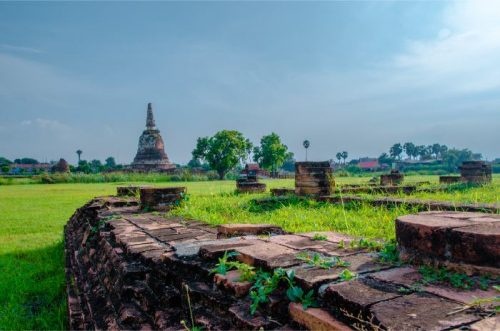 monastery ruins at Wat Chang Ayutthaya