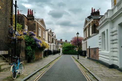 street with typical town houses in Islington, England