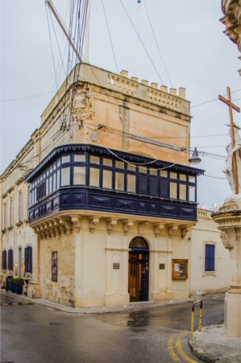 beautiful house aith outdoor walk in Rabat, Malta