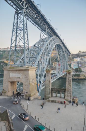 Porto Bridge as seen from the side of the river bank
