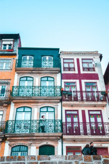 colourful houses in Porto Ribiera