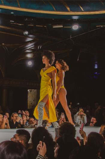 Yellow outfits at Andre Emery at NYFW 2019