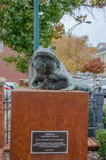 Frog statue in Salisbury NC