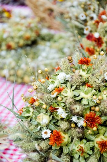 flower and onion bouquets